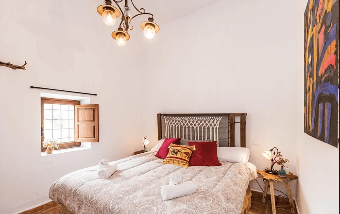 Slaapkamer Can Rosa - Yoga Ibiza Retreat